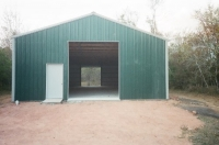 30x50x12, Emerald green walls, frost white roof and trim.